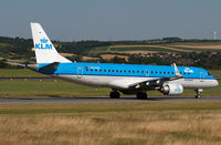 PH-EZG @ VIE - KLM - Royal Dutch Airlines - by Joker767