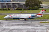 OE-LCQ @ EHAM - Canadair CRJ-200LR [7605] (Austrian Arrows) Amsterdam-Schiphol~PH 10/08/2006 - by Ray Barber