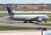 N78002 @ EDDF - United B777