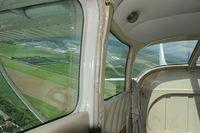 D-EHSA @ INFLIGHT - Cessna 182