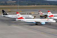 OE-LBS @ LOWW - Austrian A320 - by Thomas Ranner