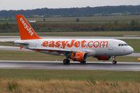 G-EZIZ @ VIE - EasyJet Airline Airbus A319