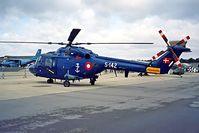 S-142 @ EGDY - Westland Lynx Mk.80 [142] (Royal Danish Navy) RNAS Yeovilton~G 15/07/1995.