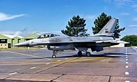 15117 @ LPMR - General Dynamics F-16A Fighting Falcon [AA-17] (Portuguese Air Force)  Monte Real~CS 04/05/2000 - by Ray Barber