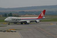 LX-VCE @ VIE - Cargolux Boeing 747-800