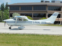 C-FGVL @ CYKZ - This 1976 Cessna 182 Skylane prepares to take off rwy 33 at the Buttonville Municipal Airport - by Ron Coates