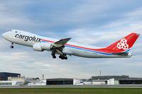 LX-VCB @ VIE - Cargolux - by Chris Jilli