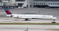 N916DN @ MIA - Delta MD-90