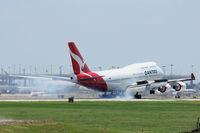 VH-OEG @ DFW - Landing at DFW Airport