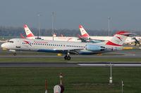 OE-LVE @ VIE - Austrian Airlines - by Chris Jilli