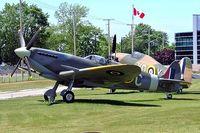 BAPC224 @ CYTR - Supermarine Spitfire (Full scale replica) [Unknown] Trenton~C 20/06/2005 - by Ray Barber