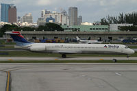 N908DL @ KFLL - Delta - by Triple777