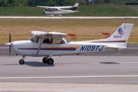 N109TJ @ KOSH - Cessna 172R Skyhawk [172-80985] Atlanta-Dekalb Peachtree~N 21/04/2010 - by Ray Barber