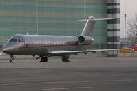 OE-INI @ VIE - VistaJet Canadairjet CL600