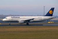 D-AIPY @ VIE - Lufthansa Airbus A320