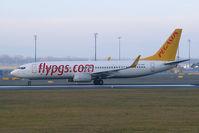 TC-AIP @ VIE - Pegasus Airlines Boeing 737-800