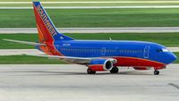 N527SW @ KSAT - taxying to the gate