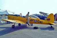 C-FBXK @ CYOO - De Havilland Canada DHC-1B Chipmunk [179/217] Oshawa~C 25/06/2005 - by Ray Barber