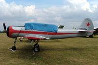 RA-3376K @ LFFQ - Yakovlev Yak-52 [888808] La Ferte Alais~F 06/07/2006