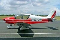 F-GTZR @ LFOX - Robin DR.400/140B Dauphin 4 [2463] Etampes/Mondesir~F 06/07/2006