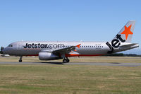 VH-VFF @ NZCH - taxiing to 02 - by Bill Mallinson
