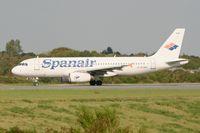 EC-HXA @ LFRB - Airbus A320-232, Lining up prior take off Rwy 25L, Brest-Bretagne Airport (LFRB-BES) - by Yves-Q