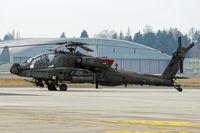 04-05442 @ LOWL - US-Army Boeing AH-64D Apache in LOWL/LNZ