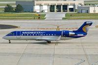 N699BR @ KMKE - Canadair CRJ-200ER [7801] (Midwest Connect) Milwaukee~N 27/07/2008