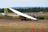 C-GCLF @ CCQ3 - Debert Airport, Nova Scotia, Canada - by Tomas Milosch