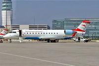 OE-LCJ @ LOWW - Canadair CRJ-200LR [7142] (Austrian Arrows) Vienna-Schwechat~OE 16/04/2005