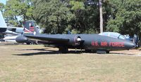 52-1516 @ VPS - EB-57B Canberra at USAF Armament Museum