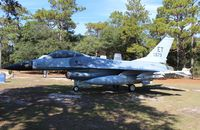 80-0573 @ VPS - F-16 at USAF Armament Museum