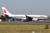B-6092 @ YSSY - taxiing from 34L - by Bill Mallinson
