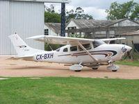 CX-BXH @ SUAA - En Aeropuerto Angel S. Adami, usado para fotografía aérea. - by aeronaves CX