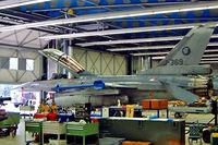J-369 @ EHTW - General Dynamics F-16BM Fighting Falcon [6E-32] (Royal Netherlands Air Force) Twenthe~PH 12/09/2003