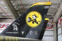 164342 @ TMB - F-14D Tail