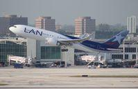 CC-BDI @ MIA - LAN 767-300