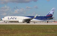 CC-CWY @ MIA - LAN 767-300