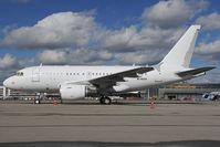 M-HHHH @ EDDM - Airbus 318