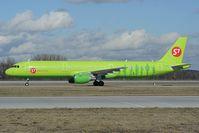 VQ-BQH @ EDDM - S7 Airlines Airbus 321
