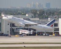 F-GKXQ @ MIA - Air France A320