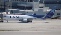 LV-CKU @ MIA - LAN Argentina 767-300