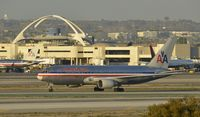 N319AA @ KLAX - Taxiing to gate at LAX