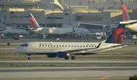 N602CZ @ KLAX - Taxiing to gate at LAX