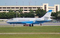 N37MD @ PBI - Falcon 2000