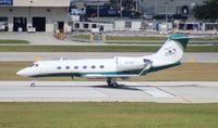 N61WH @ FLL - Miami Dolphins Gulfstream IV