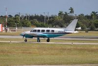 N122AW @ FXE - Piper PA-31-350
