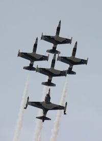 N134EM @ LAL - Black Diamond Jet Team