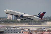 N178DN @ MIA - Delta 767-300