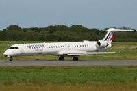F-HMLF @ LFRB - Canadair Regional Jet CRJ-1000, Taxiing to holding point Rwy 07R, Brest-Guipavas Airport (LFRB-BES) - by Yves-Q
